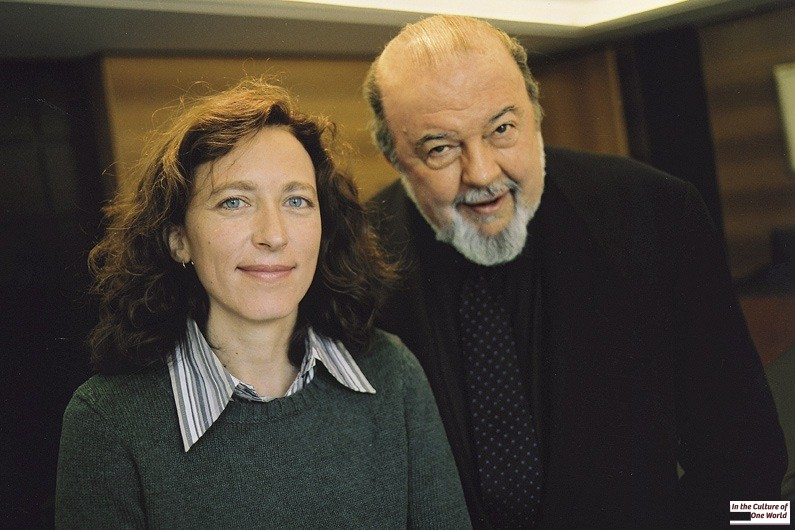 Sir Peter Hall and Lara Foot shared their views on theater. London, UK, 2004