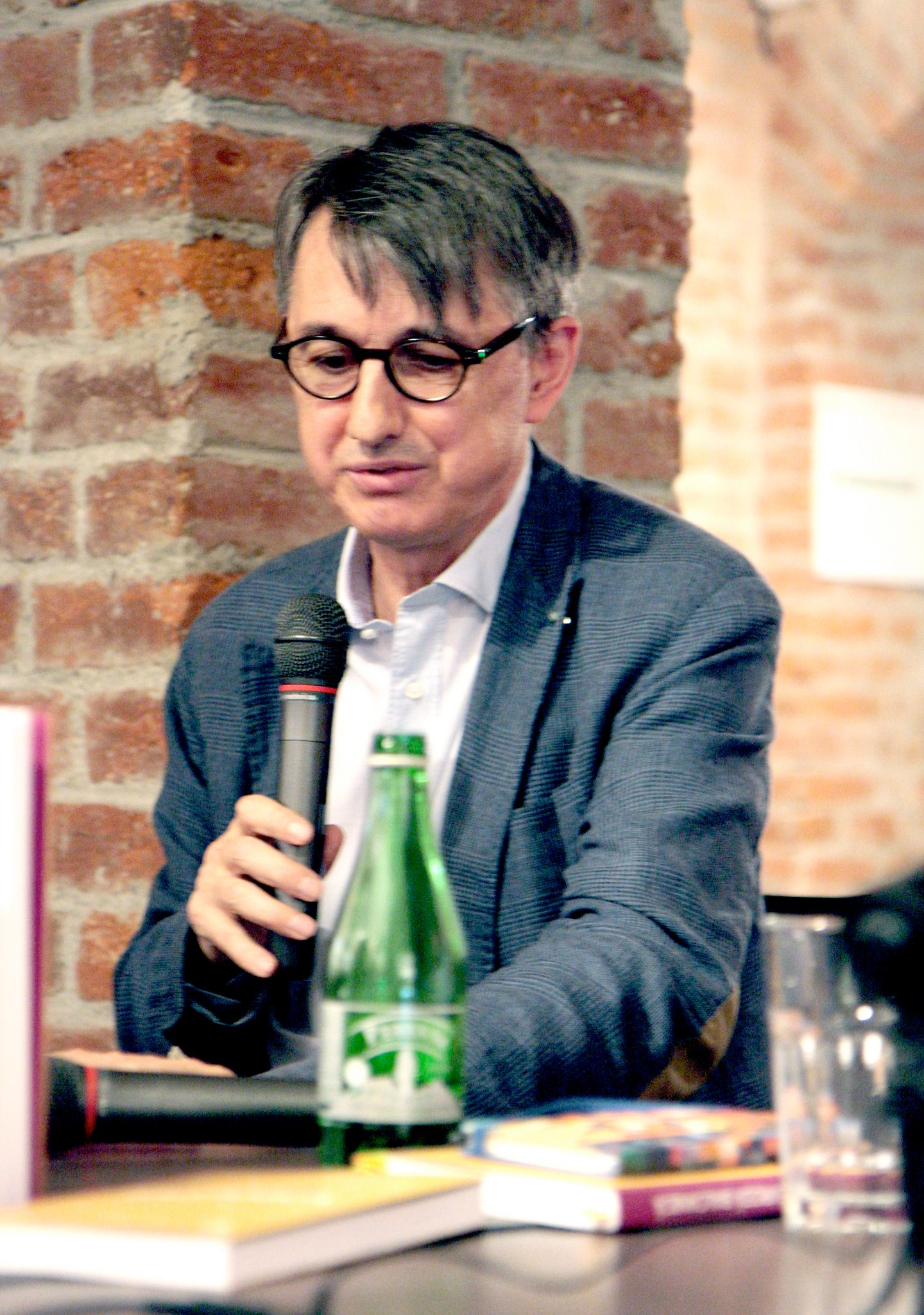 Horia-Roman Patapievici, president of the Romanian Cultural Institute (ICR) | Courtesy of https://www.facebook.com/Carturesti